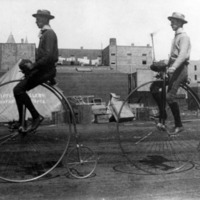 1886: Biking across town