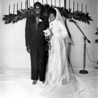 Clarence & Candi Weddin#4A2.gif