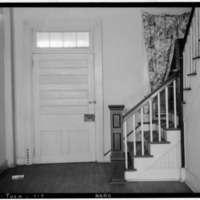 ENTRANCE_FROM_SUN_PARLOR_IN_CROSS_HALL,_ALSO_STAIRWAY_-_Governor_Robert_Lindsay_House,_U.S._Highway_72,_Tuscumbia,_Colbert_HABS_ALA,17-TUSM,1-8.tif.jpg