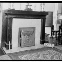 A_NEW_MANTEL_IN_SOUTH_WEST_ROOM_-_G._W._Carroll_House,_801_East_North_Commons,_Tuscumbia,_Colbert_County,_AL_HABS_ALA,17-TUSM,8-9.tif.jpg