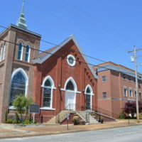 First_Baptist_Church_of_Tuscumbia,_former_building.jpg